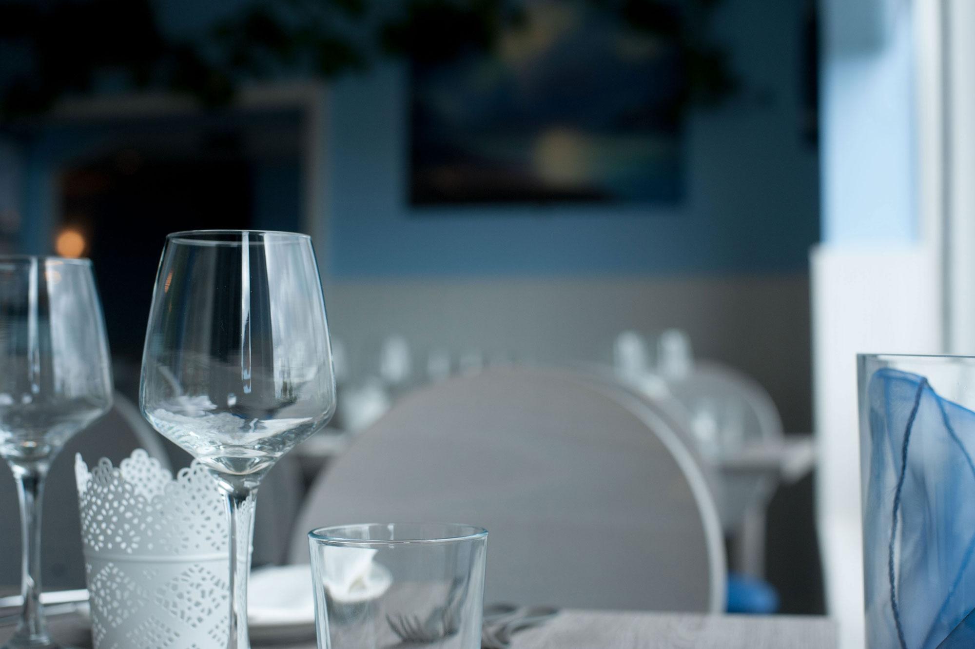 la cote table glasses wexford seafood